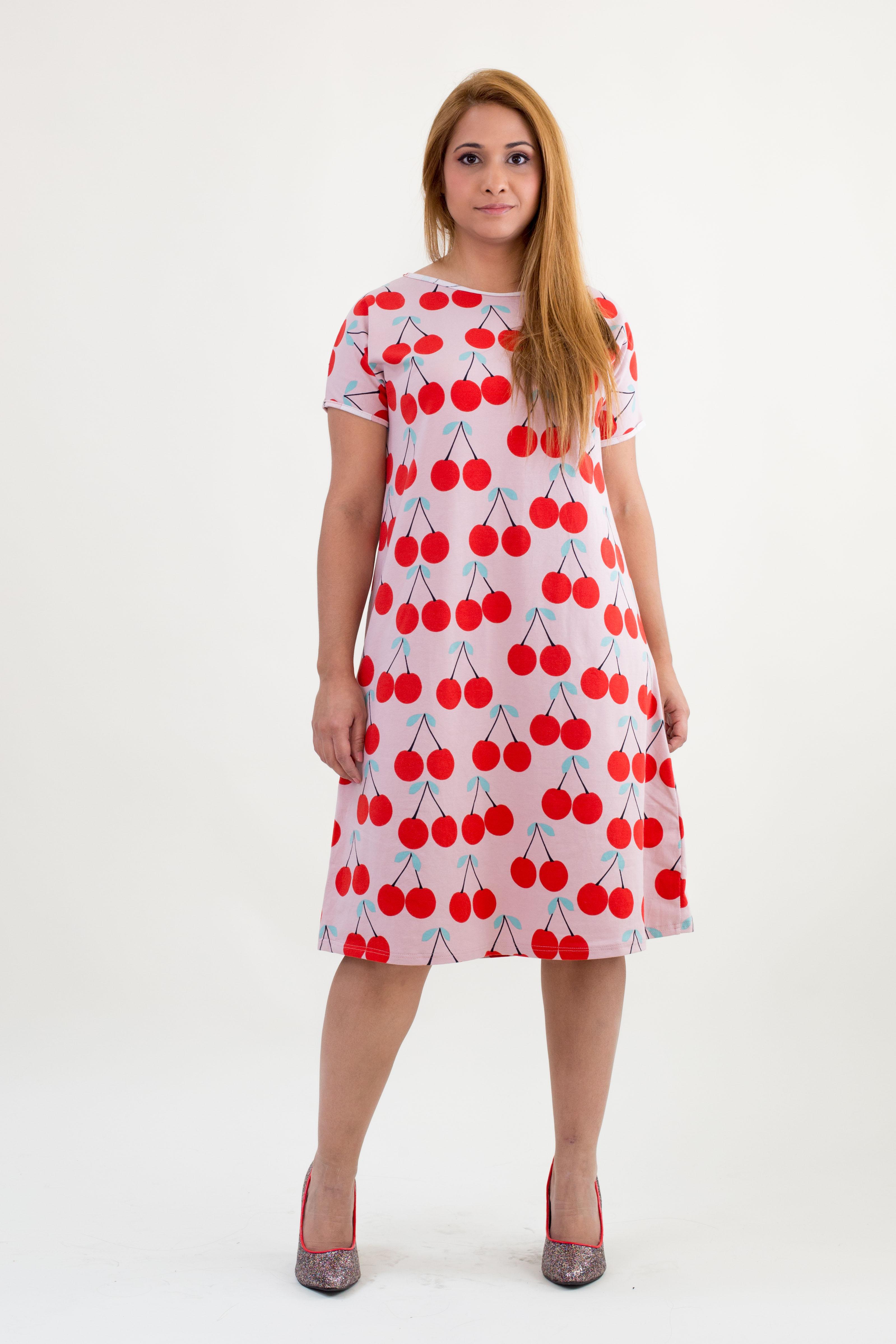 skandimama karoline hughes cherrydress