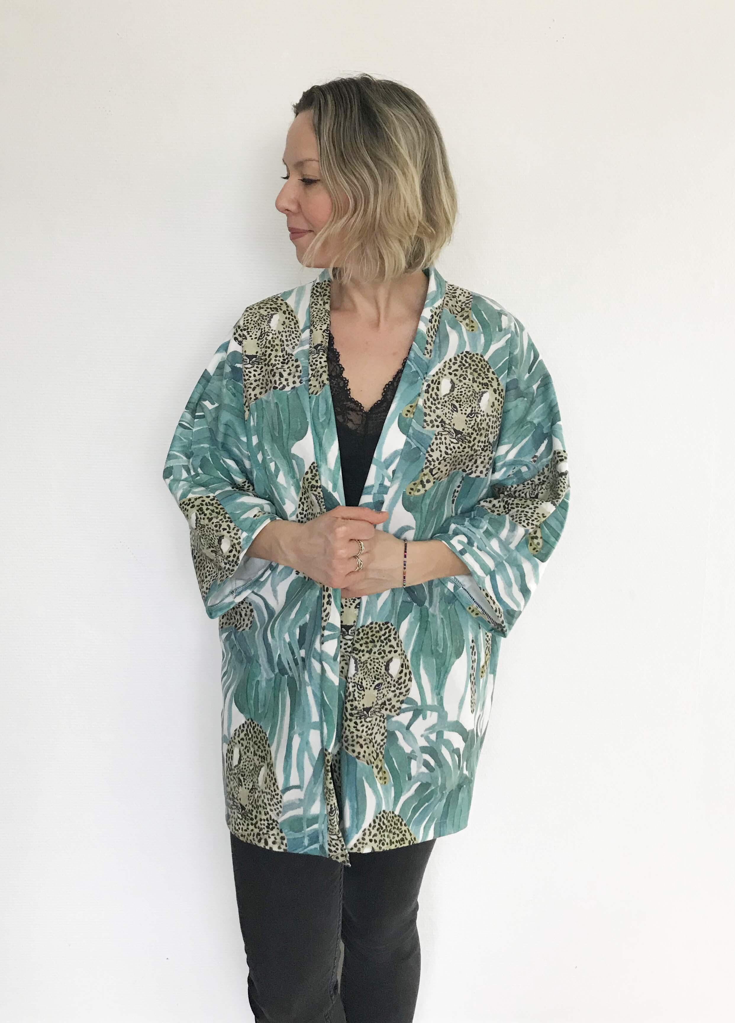 velour Kimono
