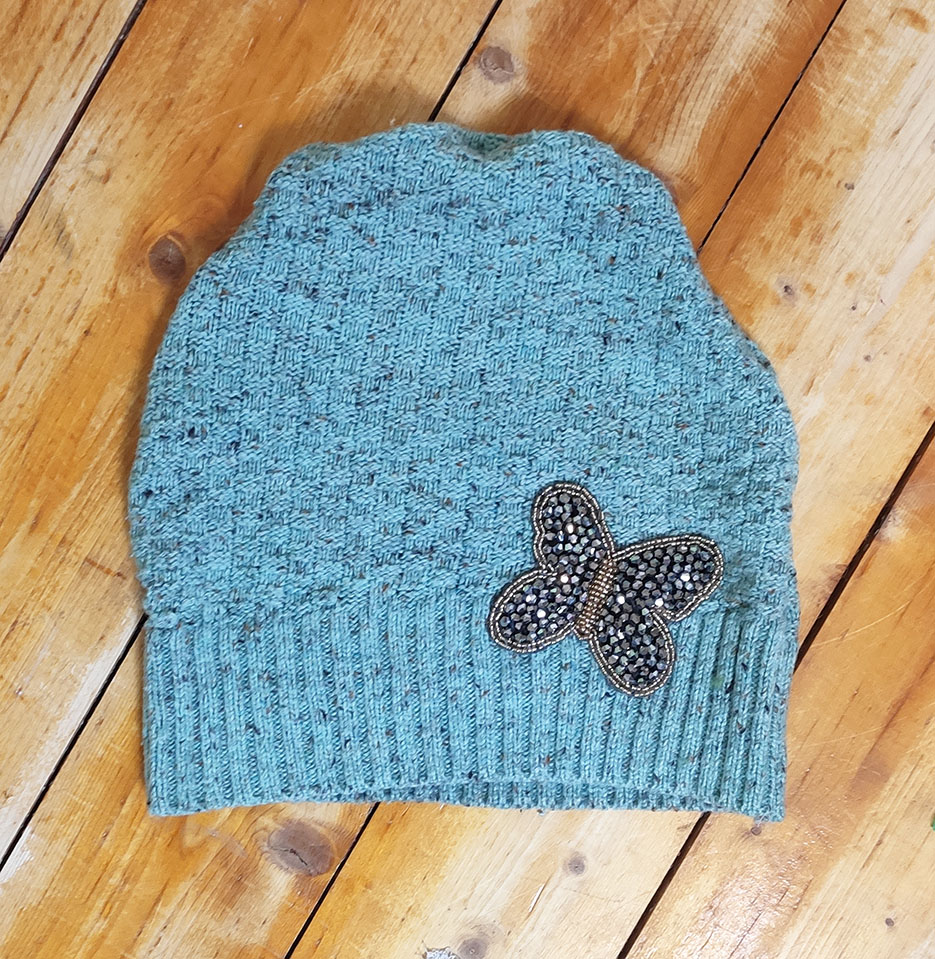 make a hat from a sweater