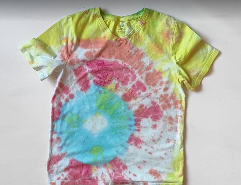 Tie dye creative project